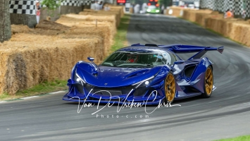 GFS2019-Supercar-15